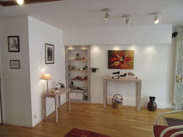 vente maison chateauroux particulier avec commerce ma petite agence. Black Bedroom Furniture Sets. Home Design Ideas